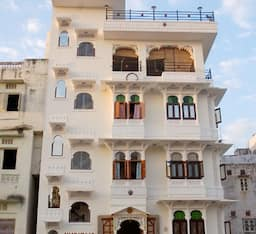 Hotel Amar Villas Paying Guest House and Roof Top Restaurant