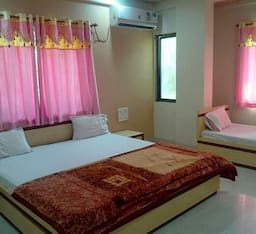 Hotel Shiva Sadan Lodge