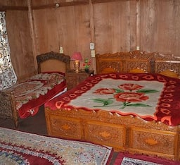 Hotel Houseboat Arebian Nights