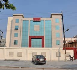 Hotel The Royale Park