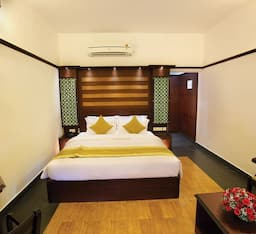 Hotel Grand Ayur Island Resort