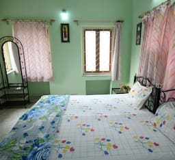 Hotel TG Stays Sector 2 Salt Lake
