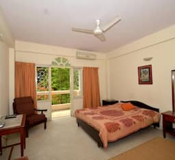 Hotel TG Stays Langford Town