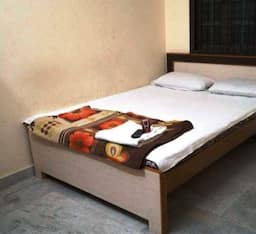 Hotel Kohinoor Residency Lodge, Hyderabad