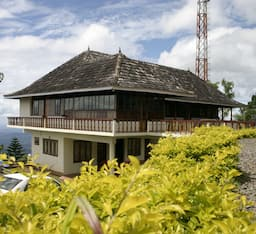 Hotel Wood Palace Resort