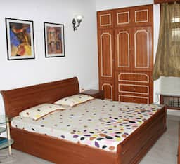 Hotel TG Stays Kailash Colony