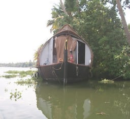Hotel Puthussery Two Bedroom House Boat