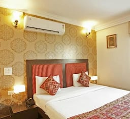 Hotel TG Stays Hanuman Road