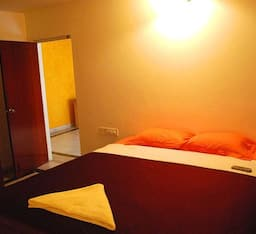 Hotel TG Stays ECC Road