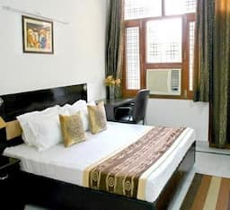 Hotel DLF Galleria Service Apartment Gurgaon