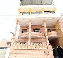 Hotel TG Stays Paota Circle
