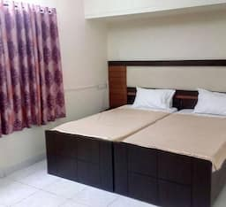 Hotel Orange Transit House