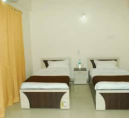 Hotel Coronet Luxurious Service Apartment