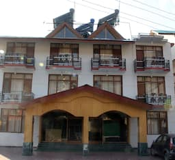 Hotel Six Season