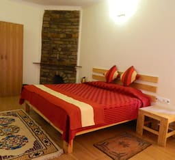 Hotel Rhodo Retreat And Resorts