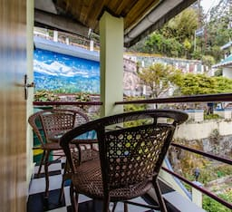 Hotel Central Nirvana Resort