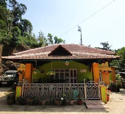 Hotel TG Stays Makkandoor Village