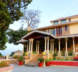 Hotel WelcomHeritage Windsor Lodge