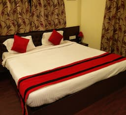 Hotel The first residence homestay