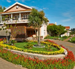 Hotel Club Mahindra Derby Green
