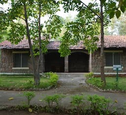 Hotel Mogli Jungle Resorts