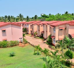 Hotel The Byke Old Anchor Beach Resort