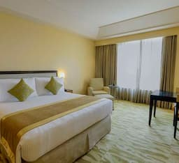 Hotel Five Star Super Saver in Airport Zone