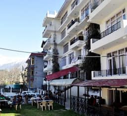 Hotel Monarch Residency