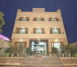 Hotel Kings, Jammu