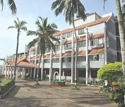 Hotel Swagath Holiday Resort