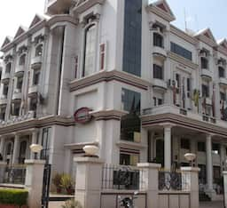 Hotel The Ambassador