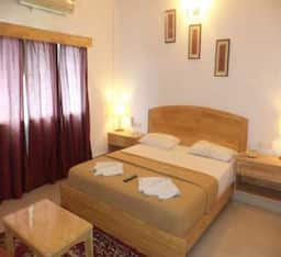 Hotel Holiday Resort