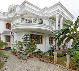 Hotel Harry's Bed And Breakfast