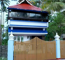 Hotel Le Monarch Luxury Villas
