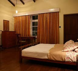 Hotel Red Lynch Heritage Stay