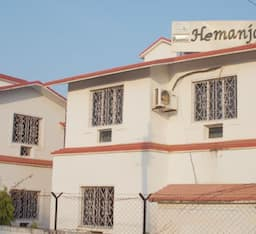 Hotel Hemantjali Resort