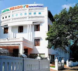 Hotel Meadows International