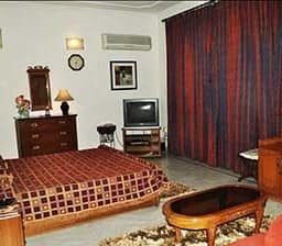 Hotel Retreat