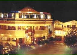 Greenland Cottages Hotel, Akola