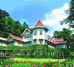 Hotel WelcomHeritage  Woodville Palace