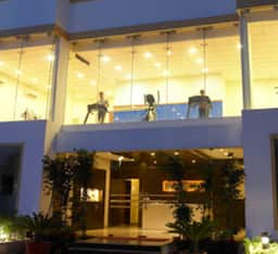 Hotel Royal Orchid Suites