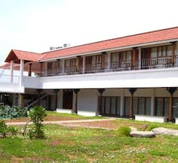 Hotel Nalla Eco Friendly Beach Resort