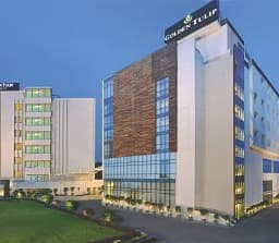 Hotel Golden Tulip Lucknow