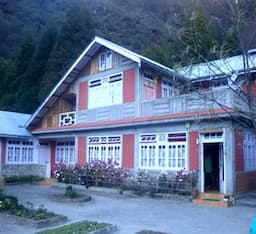 Hotel Season House