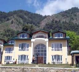 Hotel Forest Hill Resort