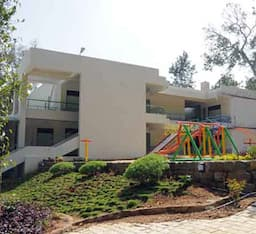 Hotel The Green Berry Resort