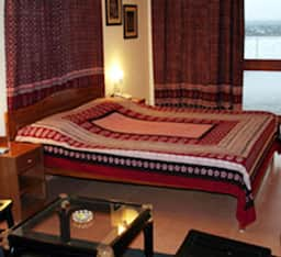 Hotel Ivy Suites