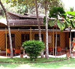 Hotel Vedanta Wake Up - Backwaters