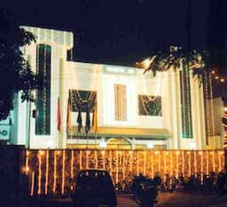 Hotel Blessings The Ultimate, Allahabad
