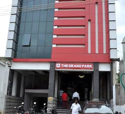 Hotel The Grand Park